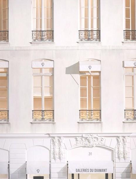 Galerie-du-Diamant-Boutique-Exterior