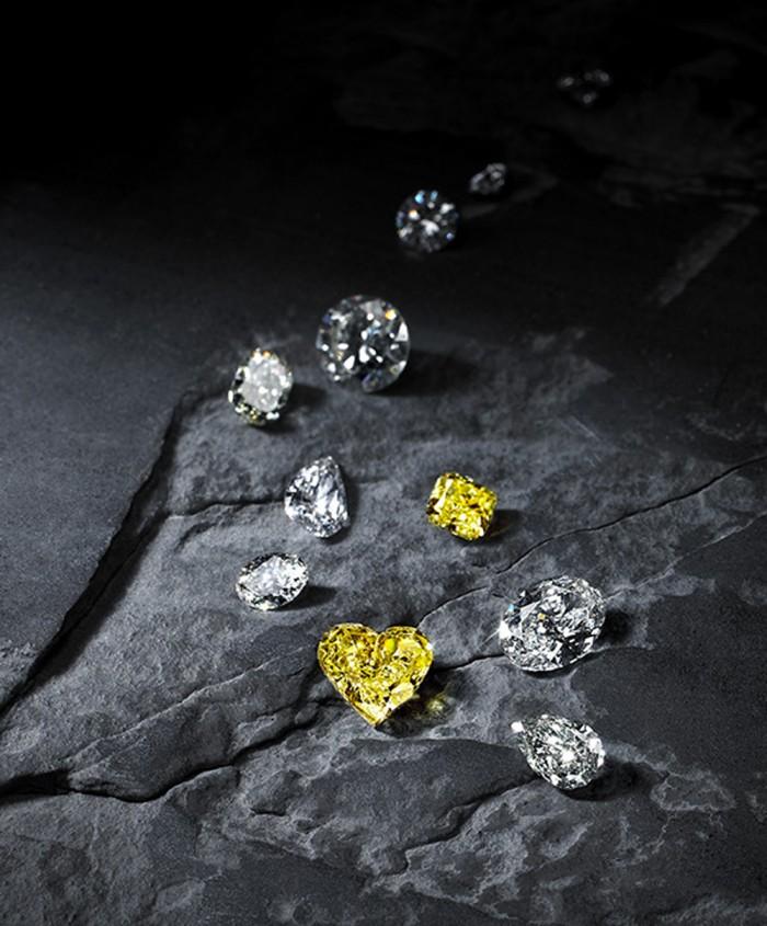 Galeries-du-Diamant-fancy-diamond-shapes-and-colours