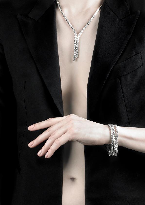 Bespoke-diamond-tennis-bracelet-bezel-set-necklace-tuxedo-jewellery-jewelery-model-galeries-du-diamant