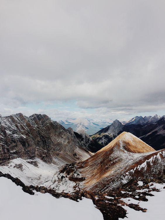 Galeries-du-Diamant-Mood-Board-Mountains